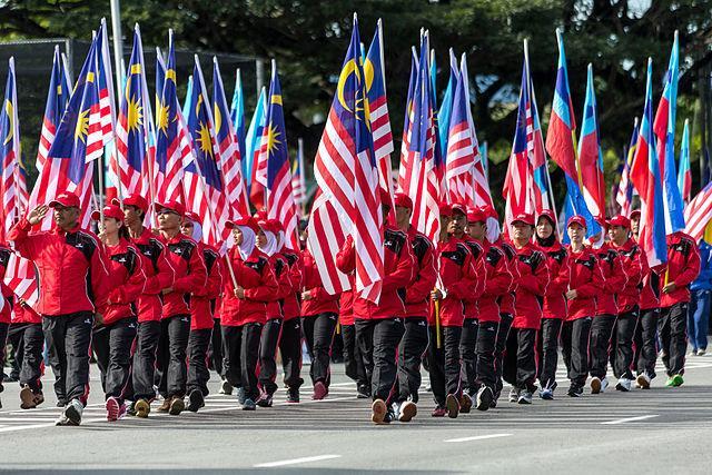 Sabah_Malaysia_Hari-Merdeka-2013-Parade